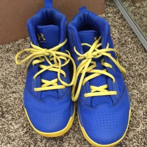 blue and yellow under armour shoes
